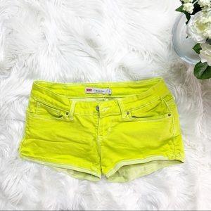 • Levi's Shorty Shorts Neon Green Stretchy •
